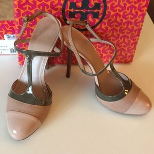 Tory Burch color blocked t-strap pump size 11